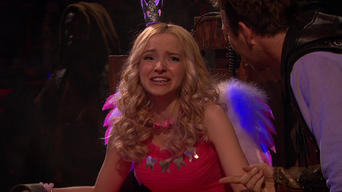 Liv and Maddie: Season 4: Scare-A-Rooney